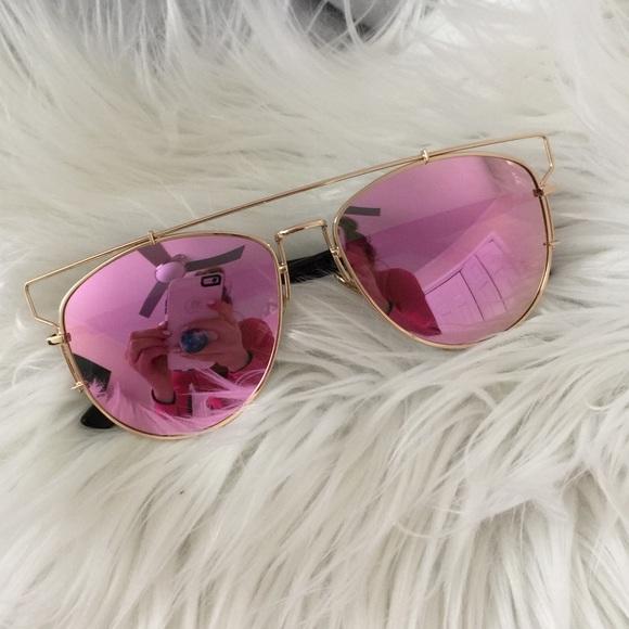 007e494f5180 Accessories - NEW Oversized Fuchsia Pink +Gold Mirror Sunglasses